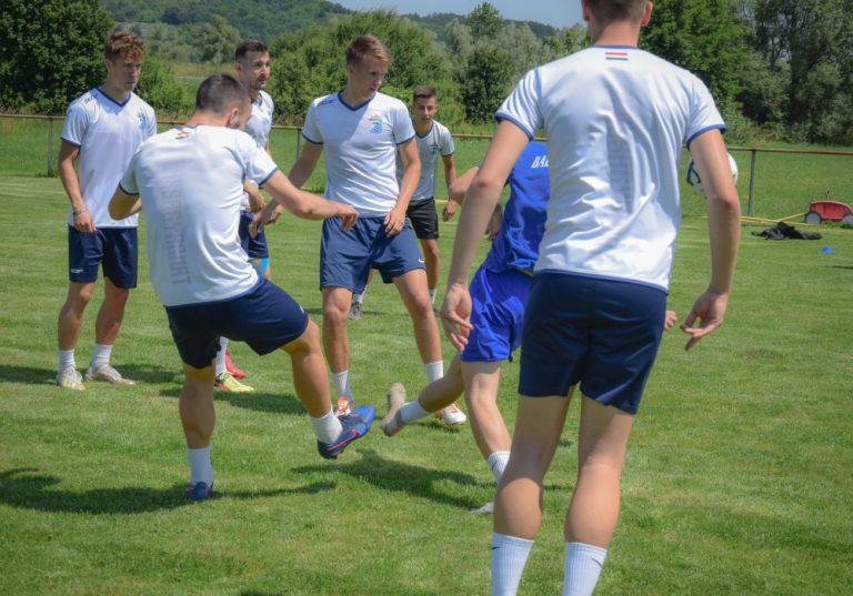 Fotógaléria és videós összefoglaló a BSE első nyári edzéséről