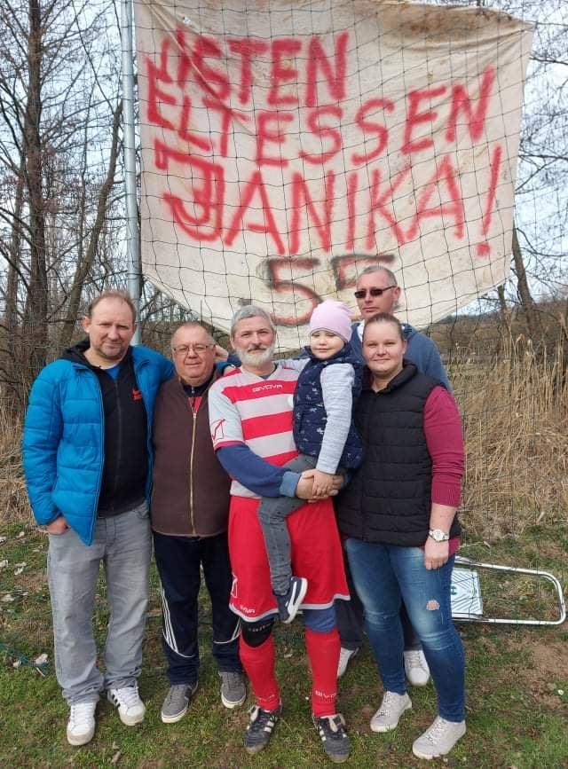 Nemes köszöntés színezte a Kétbodony-Legénd bajnokit