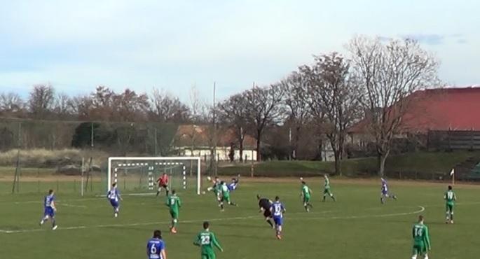 Videón a BSE parádés gyöngyösi félollózós gólja